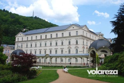 1-volareza-k.vary-lzesskz-dom-sadovz-pramen-new